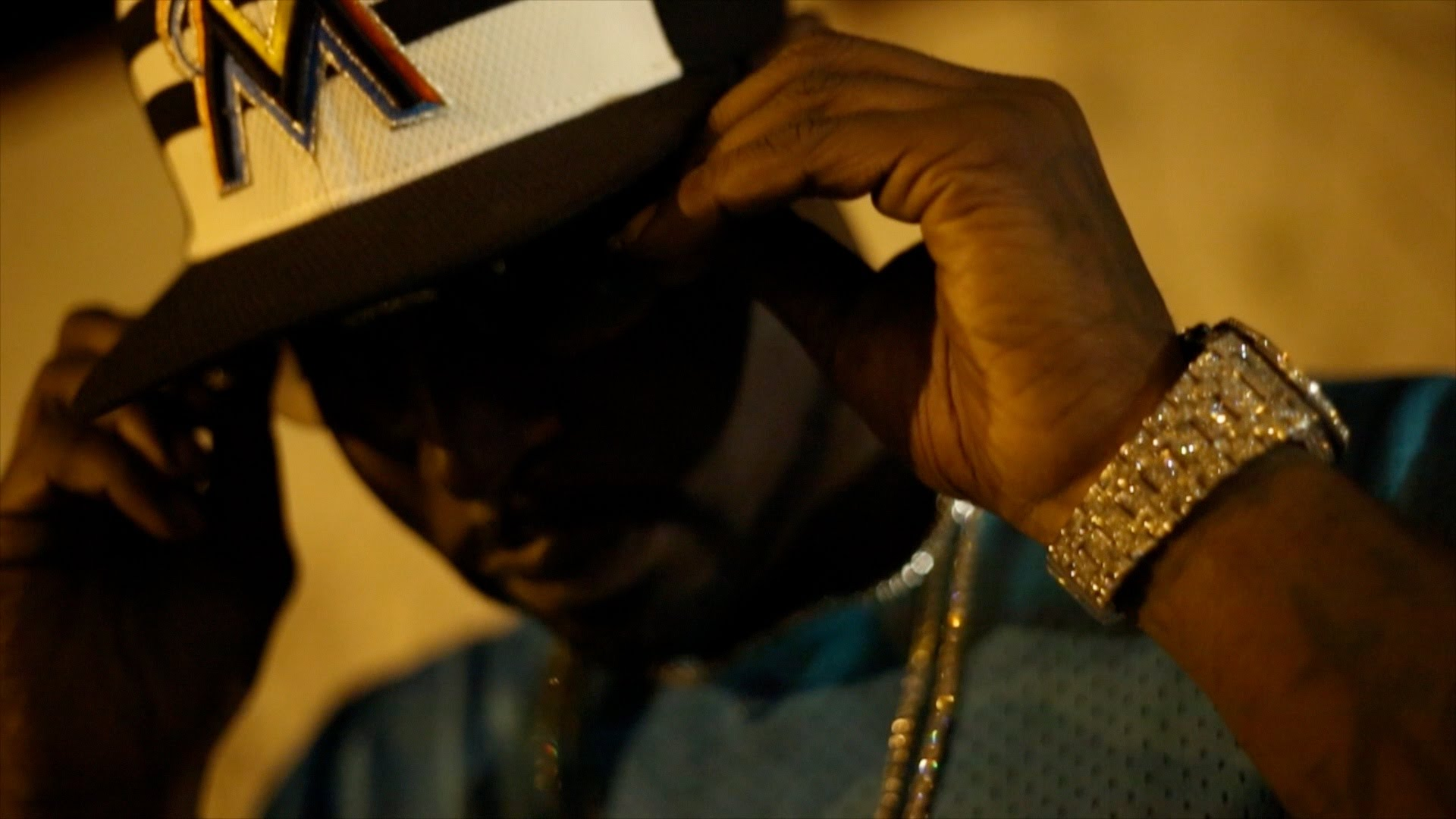 """Young Buck & Paperchase """"FOREIGN"""""""